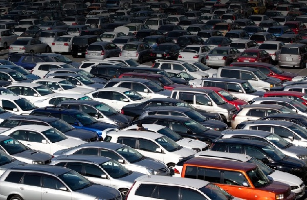 Вкаких областях покупают больше всего новых авто