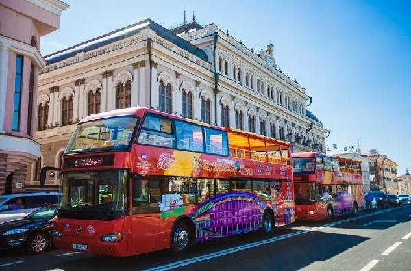 Двухэтажные-автобусы-в-Казани-фото