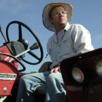 ao-images-film-pressphoto_tractor