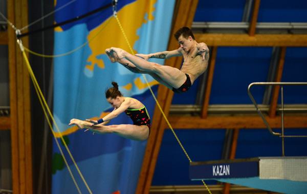 Захаров победил впрыжках с3-метрового трамплина наЧР вКазани