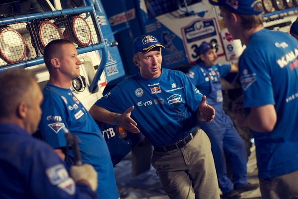 Vladimir Chagin instructs his team before participating at the third stage of the Silk Way Rally in Volgograd, Russia on July 9th, 2012 // Denis Klero/Red Bull Content Pool // P-20120711-00045 // Usage for editorial use only // Please go to www.redbullcontentpool.com for further information. //
