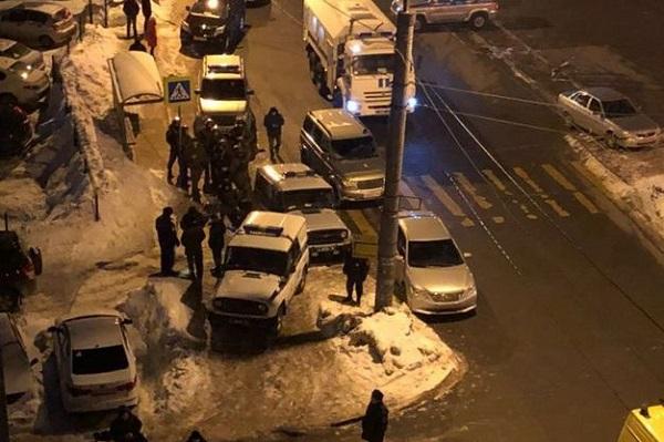 Мужчина, устроивший стрельбу вКазани, умер
