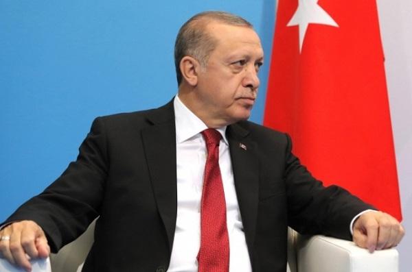 smi-erdogan-planiruet-vstretitsya-s-merkel-v-blizhayshee-vremya_1