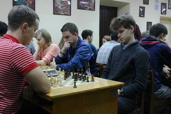Международный-гроссмейстер-из-Казани-Владислав-Артемьев