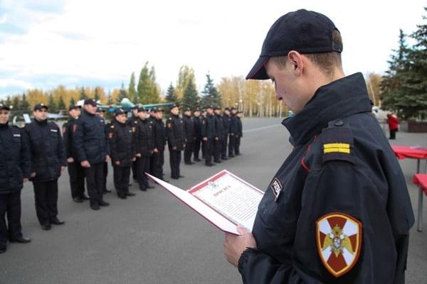 Молодые сотрудники Управления вневедомственной охраны Росгвардии по Республике Татарстан приняли присягу