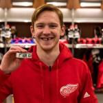 Нападающий клуба НХЛ «Детройт Ред Уингз» Евгений Свечников