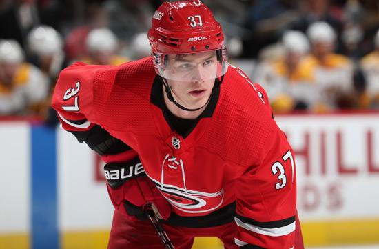 Нападающий-клуба-НХЛ-«Каролина-Харрикейнз»-Андрей-Свечников