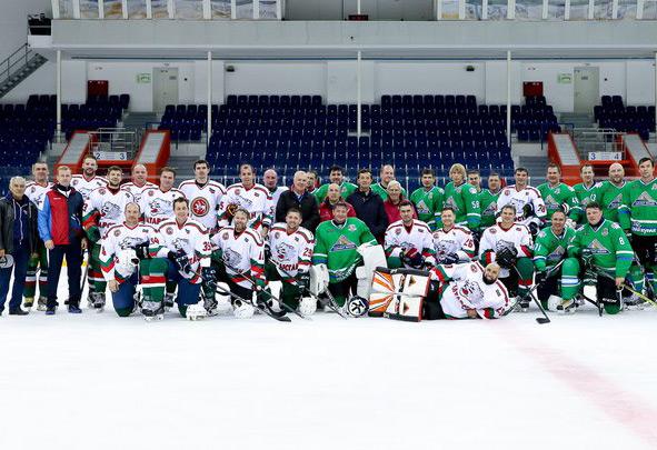В Уфе победой ветеранов казанского «Ак барса» завершился всероссийский турнир на призы хоккейного клуба «Салават Юлаев»