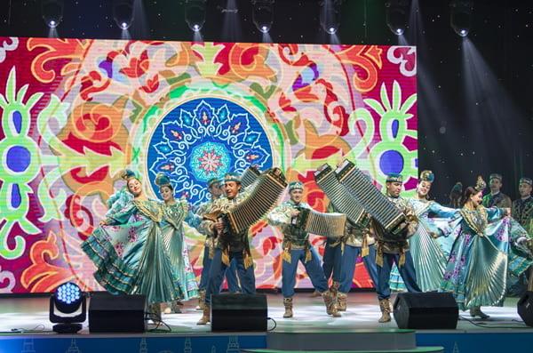 для ветеранов и сотрудников Казанских электрических сетей прошел праздничный концерт