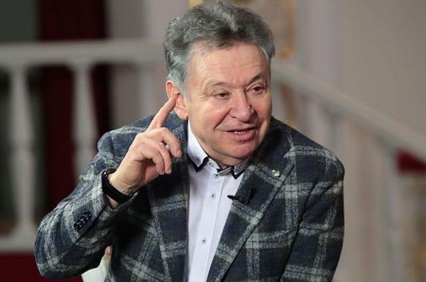 Директор театра имени Джалиля – о комсомольской истории и высоком искусстве