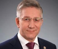 радик гайзатуллин министр финансов рт