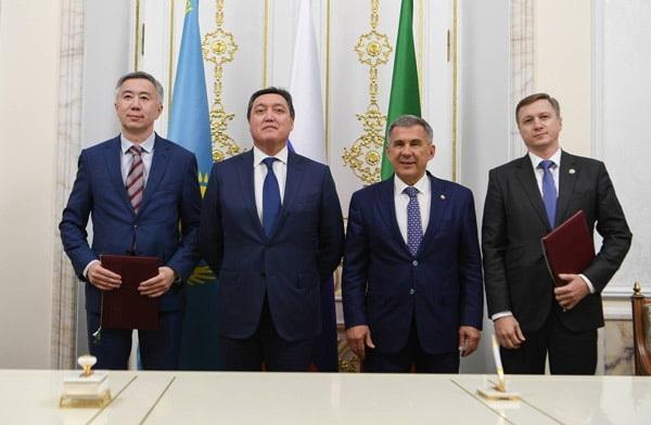 рустам минниханов встретился с делегацией Республики Казахстан