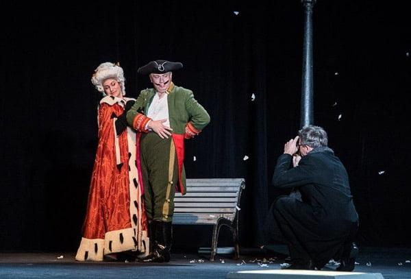 спектакль Санкт-Петербургского академического театра имени Ленсовета «Город. Женитьба. Гоголь».
