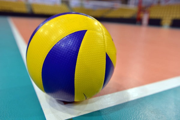 8574573_web1_thinkstockphotos-volleyball-186185803