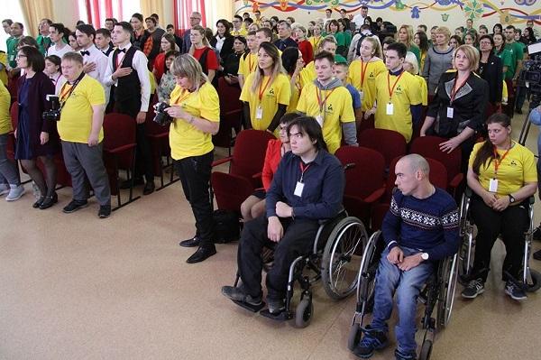 Цель таких мероприятий – в том числе трудоустройство людей с ограниченными возможностями здоровья.