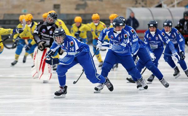 хоккеисты-динамо-казани-разгромили-зоркий