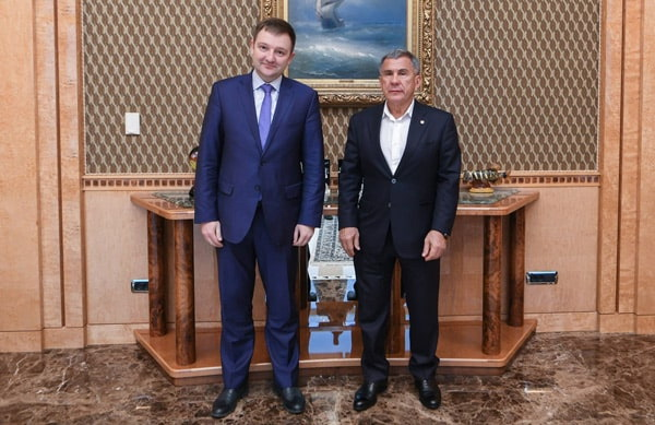рустам минниханов -александр бугаев