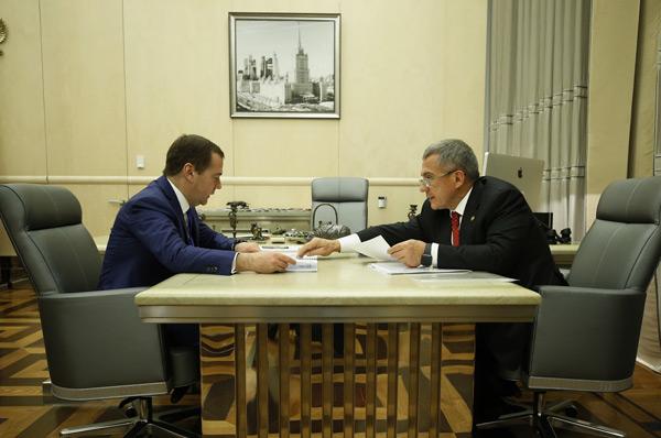 встреча-медведева-и-минниханова-в-москве