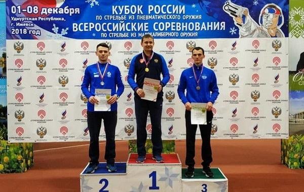 завоевал серебряную медаль на всероссийских соревнованиях в Ижевске