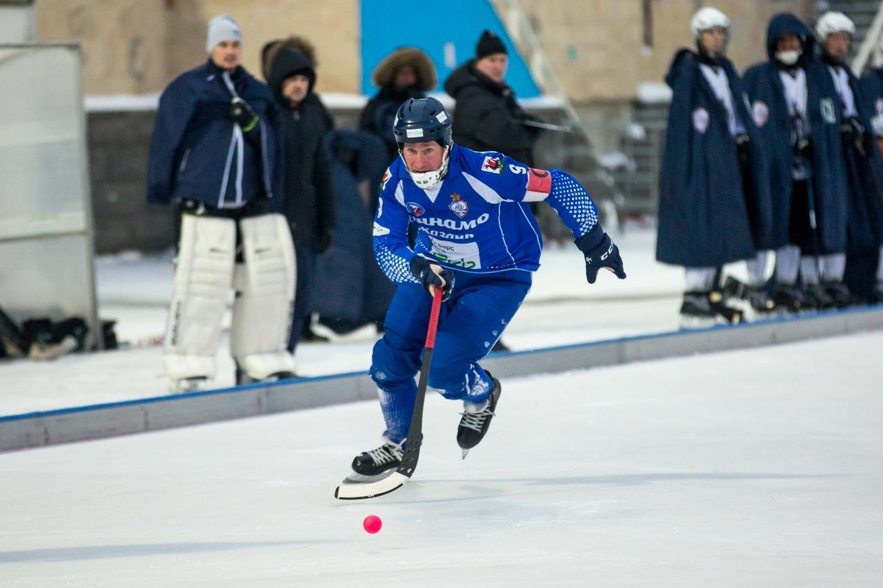 Хоккей с мячом_vk