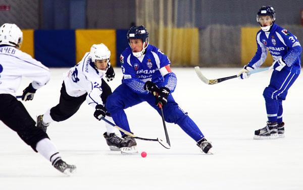 динамо-казано-хоккей-с-мячом