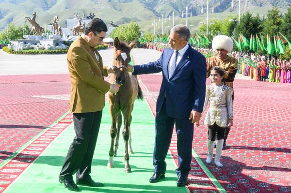 визит-в-туркменистан2