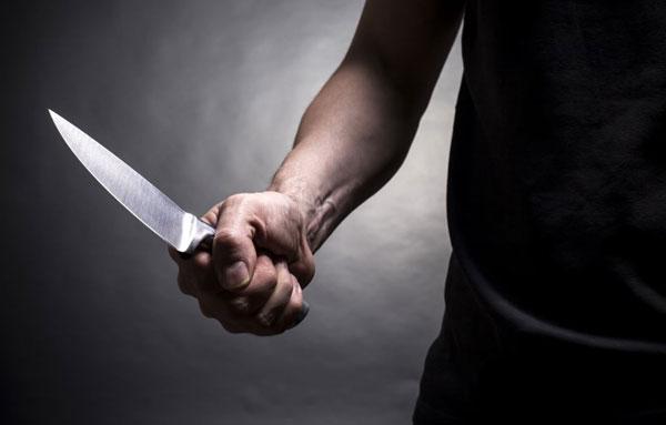 с-ножом