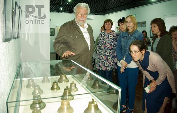 выставка-колокольчиков-в-елабуге