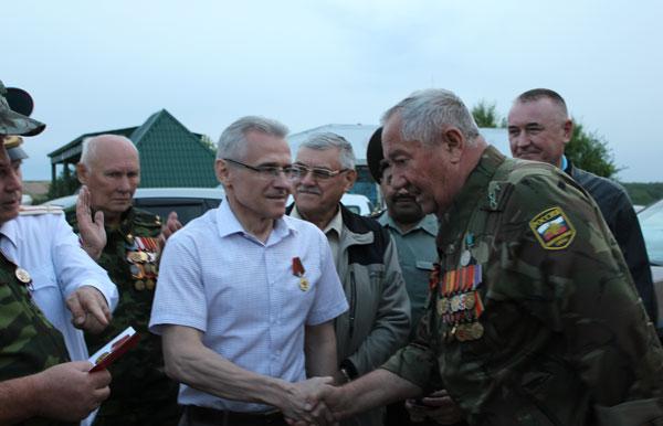 Медаль-белорусскому-советнику