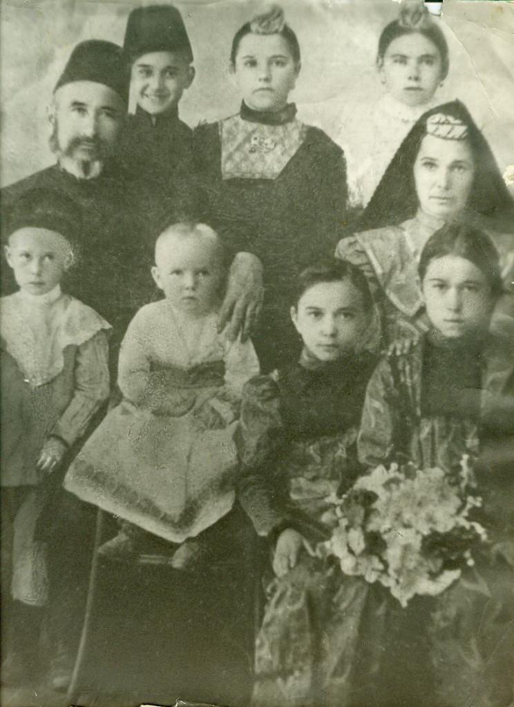 КРЫМ Семья Адельшиновых1