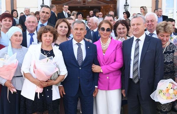чествованию-лучших-семей-республики