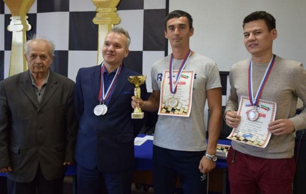 русские-шашки
