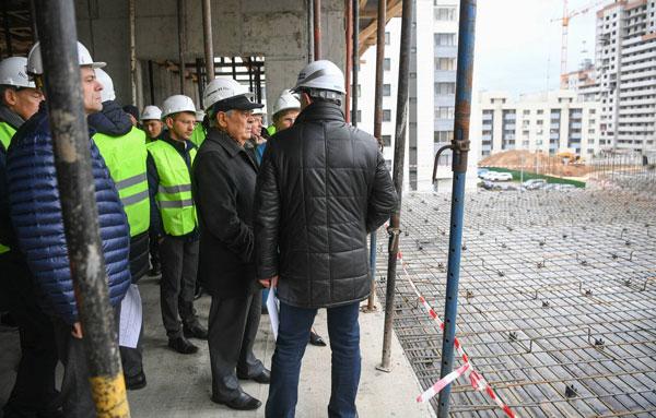 строительство-полиленгвального-комплекса