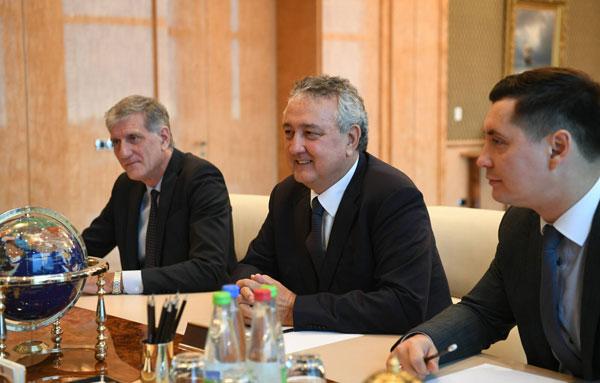Встреча-с-президентом-Европейской-лиги-плавания