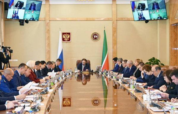 заседание-в-доме-правительства