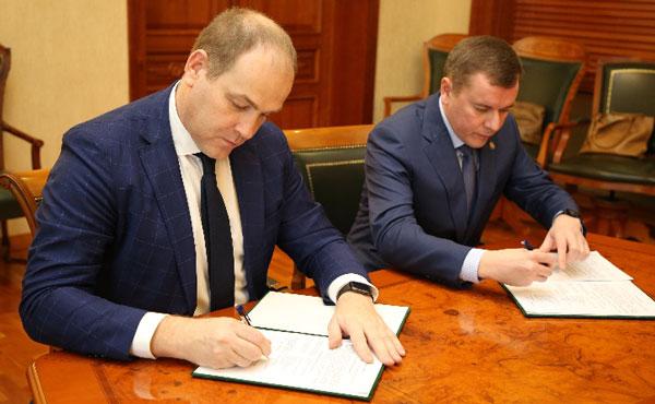 Минсельхозпрод-РТ-подписал-соглашение-с-Союзом-производителей-молока