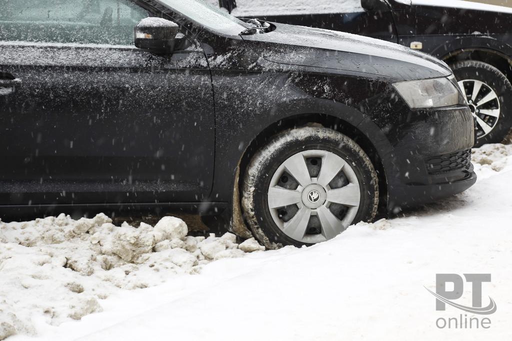 Автомобиль_снег_A8G4514