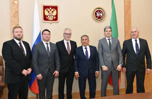 Минниханов-встретился-с-представителями-компании-Kaukointernational
