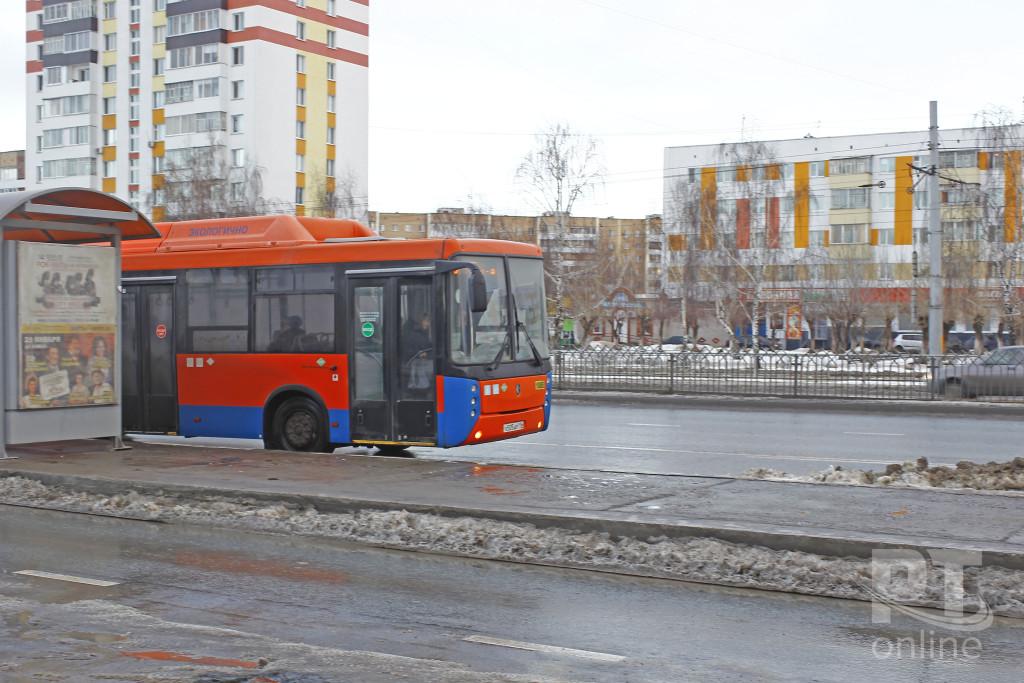 Общественный транспорт_Челны_автобус_A8G0584