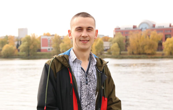 Идрисов