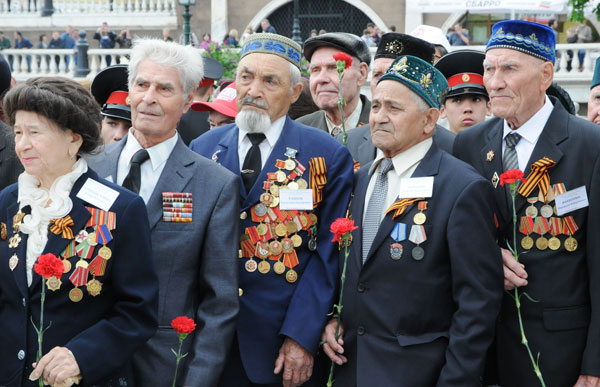 Ветераны-ВОВ-из-РТ-в-Москве