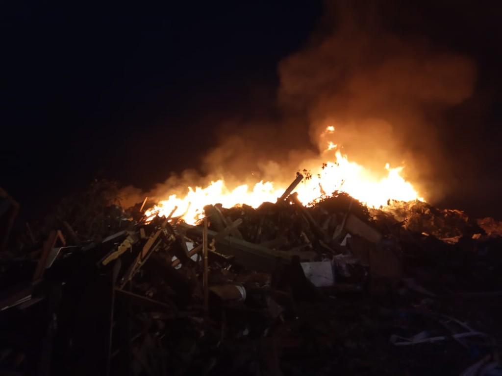 мусор пожар