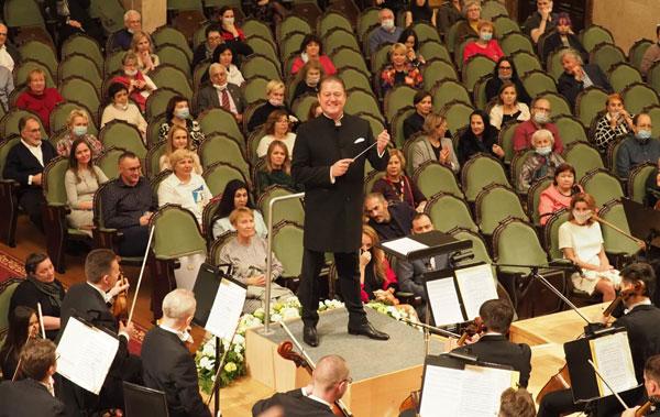Государственный-симфонический-оркестр-Татарстана