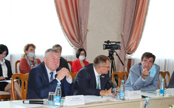 Заседание-Комитета-по-жилищной-политике