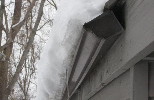 снег-на-крыше