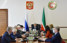 заседание-Президиума-парламента
