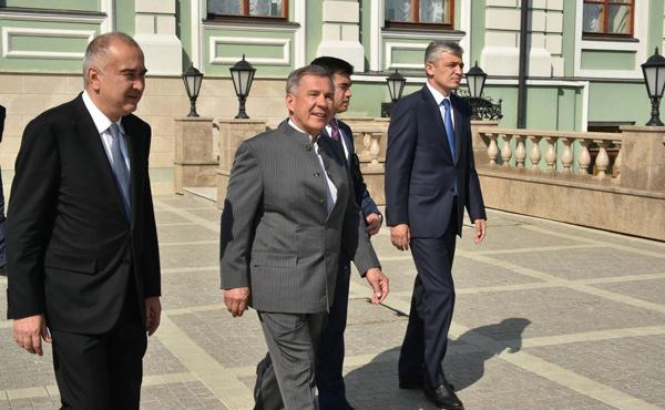 делегация-ташкента